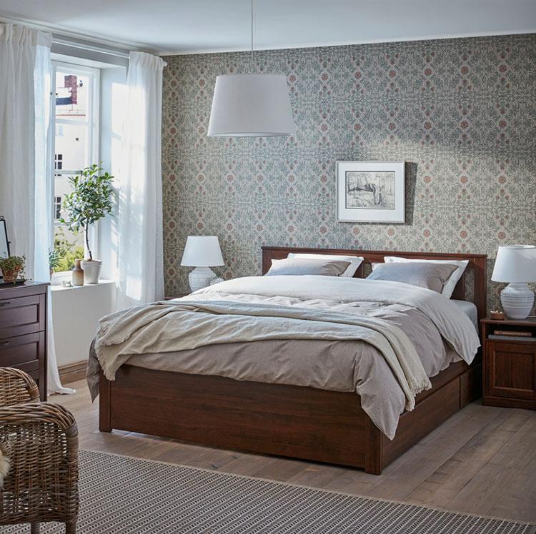 Modello di letto in legno Ikea n.05