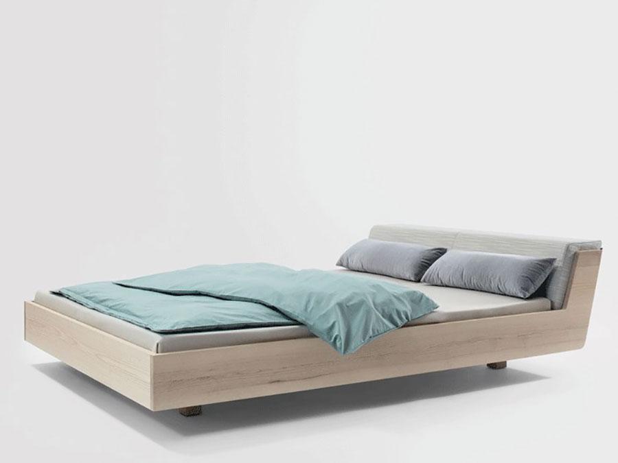 Modello di letto in legno moderno n.02