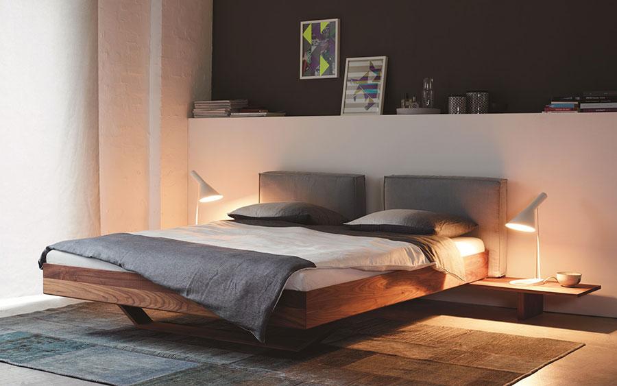 Modello di letto in legno moderno n.03