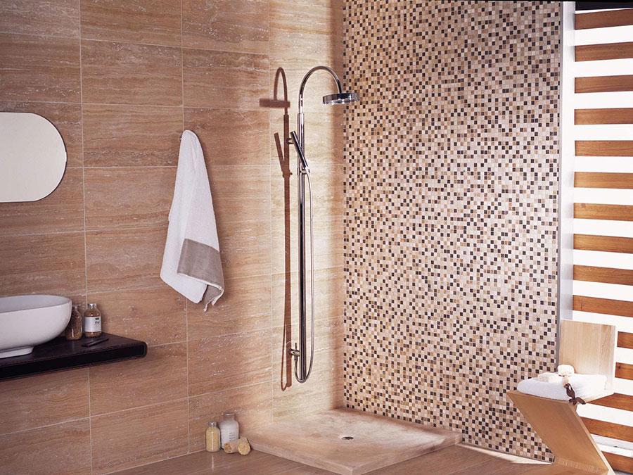 Piastrelle a mosaico per il bagno eccone 20 bellissimi - Bagno moderno piastrelle ...