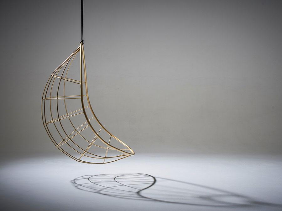 Modello di poltrona Sospesa di Studio Stirling n.01