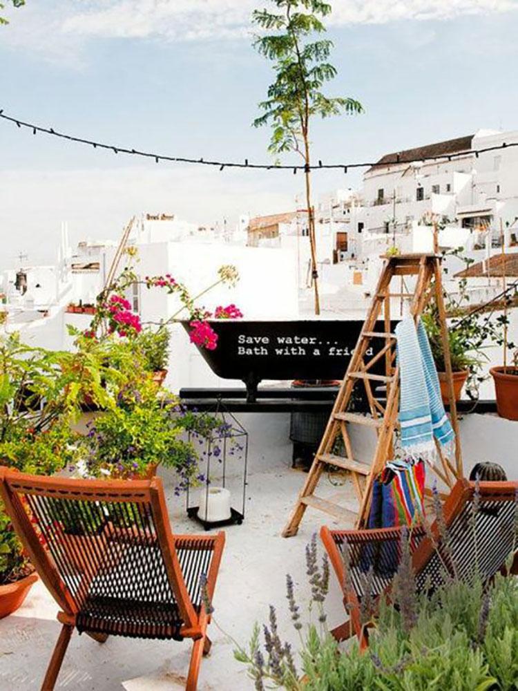Idee per arredare piccoli balconi n.12