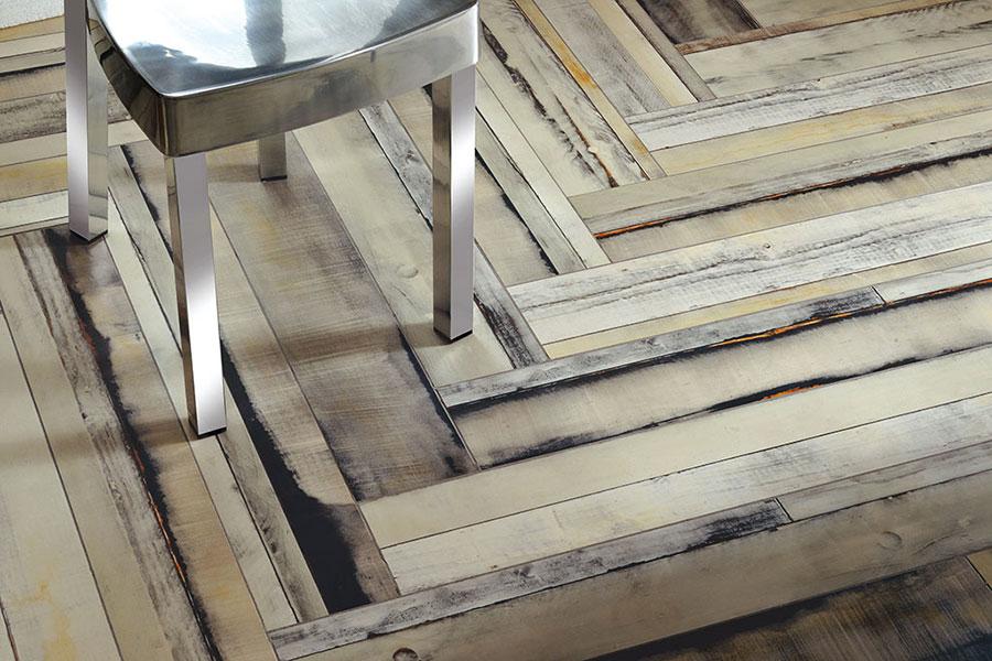 Piastrelle effetto legno in gres n.06