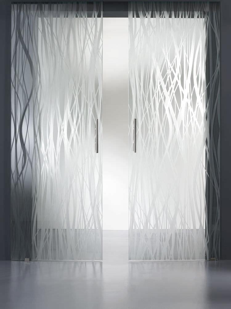 Porta scorrevole in vetro per interni n.19