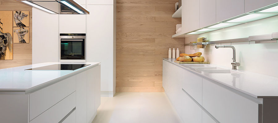 Modello di top per cucina in solid surface n.01