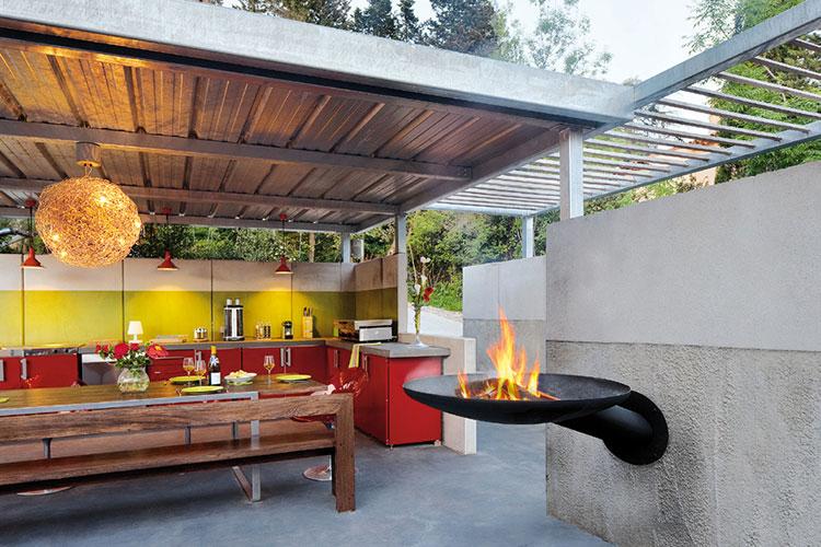 Modello di barbecue dal design moderno a legna n.11