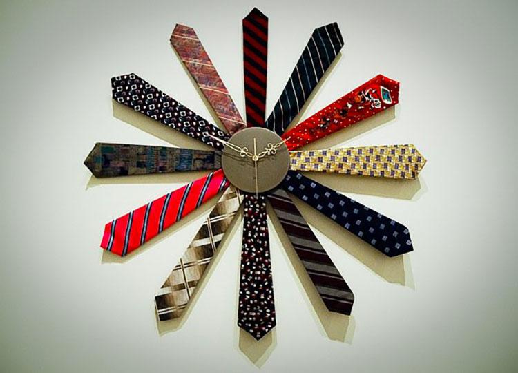 Orologio fai da te con vecchie cravatte