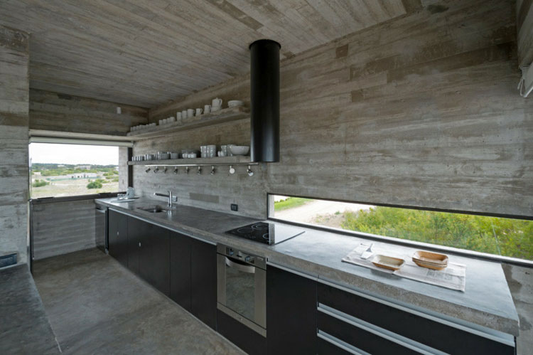 Piano di lavoro in cemento per cucina n.13