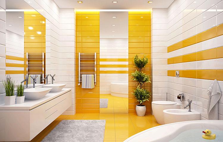 Come arredare un bagno giallo ecco 15 idee originali - Bagno arancione e bianco ...