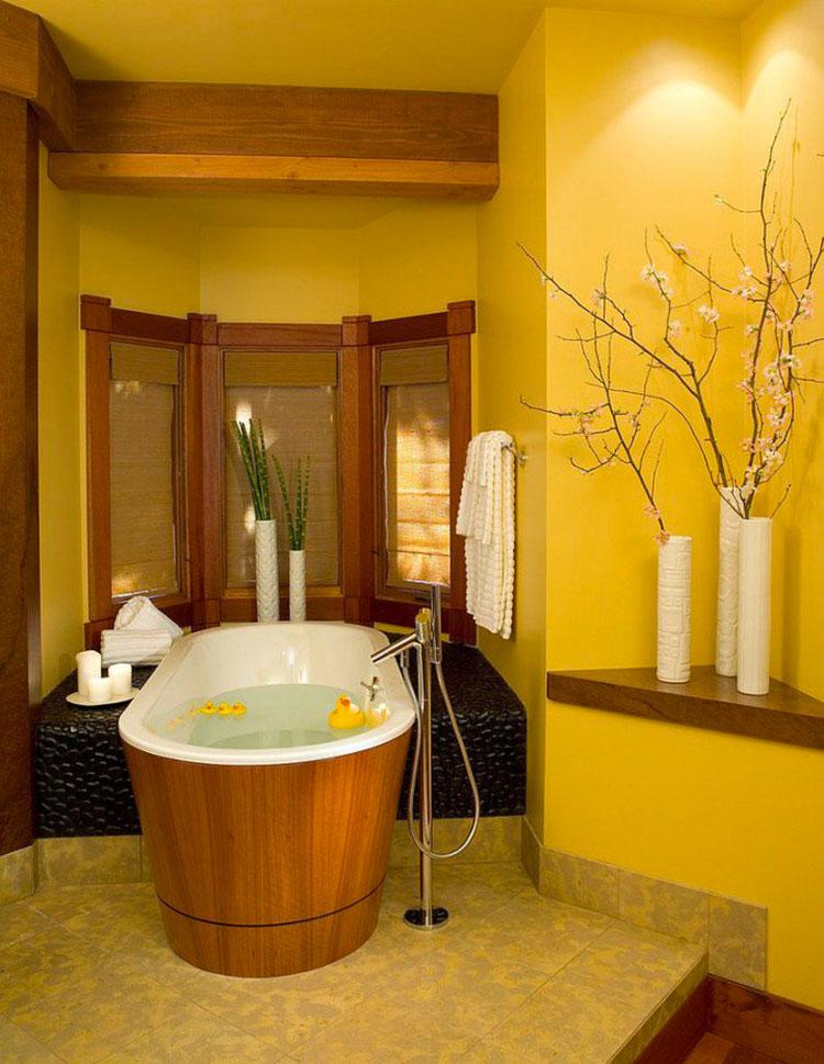 Bagno con pareti gialle n.02