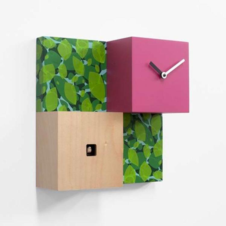 Orologio a cucù dal design moderno n.03