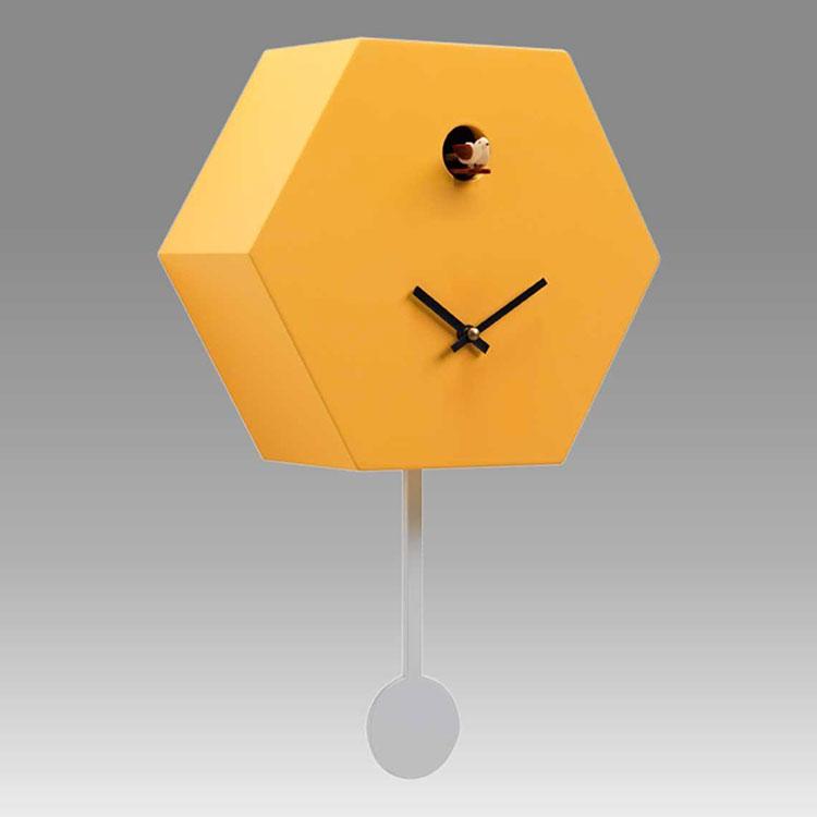Orologio a cucù dal design moderno di F.lli Consonni n.2