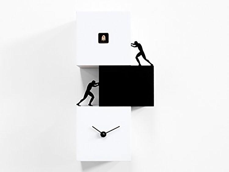 Orologio a cucù dal design moderno di Antonio Farina n.1
