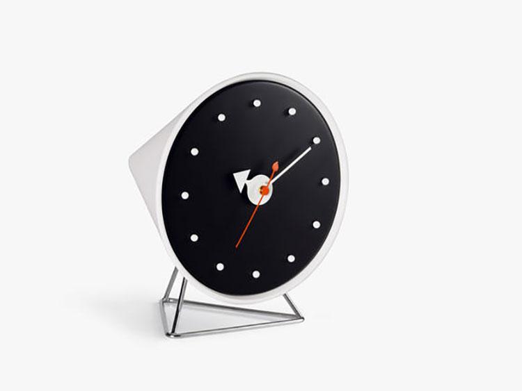 Orologio da tavolo dal design moderno n.02