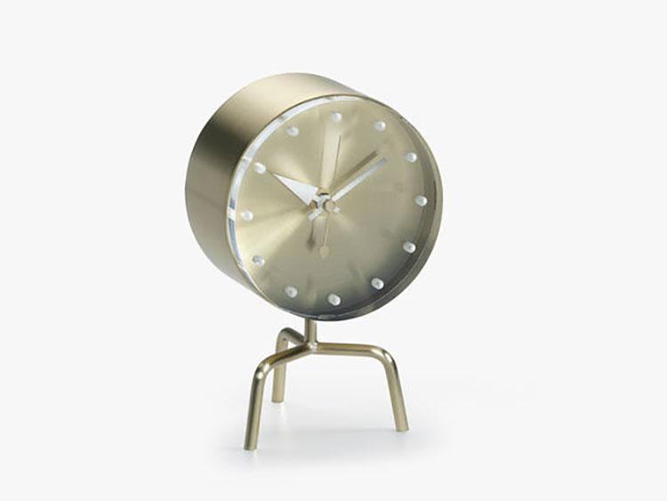 Orologio da tavolo dal design moderno n.03