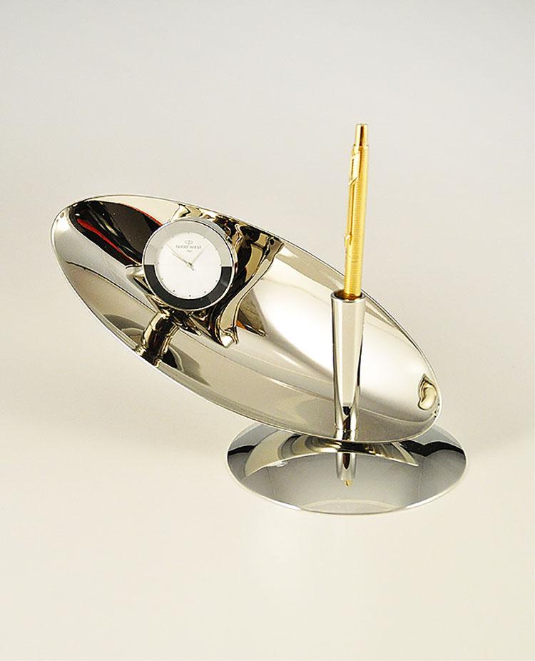 Orologio da tavolo dal design moderno n.13