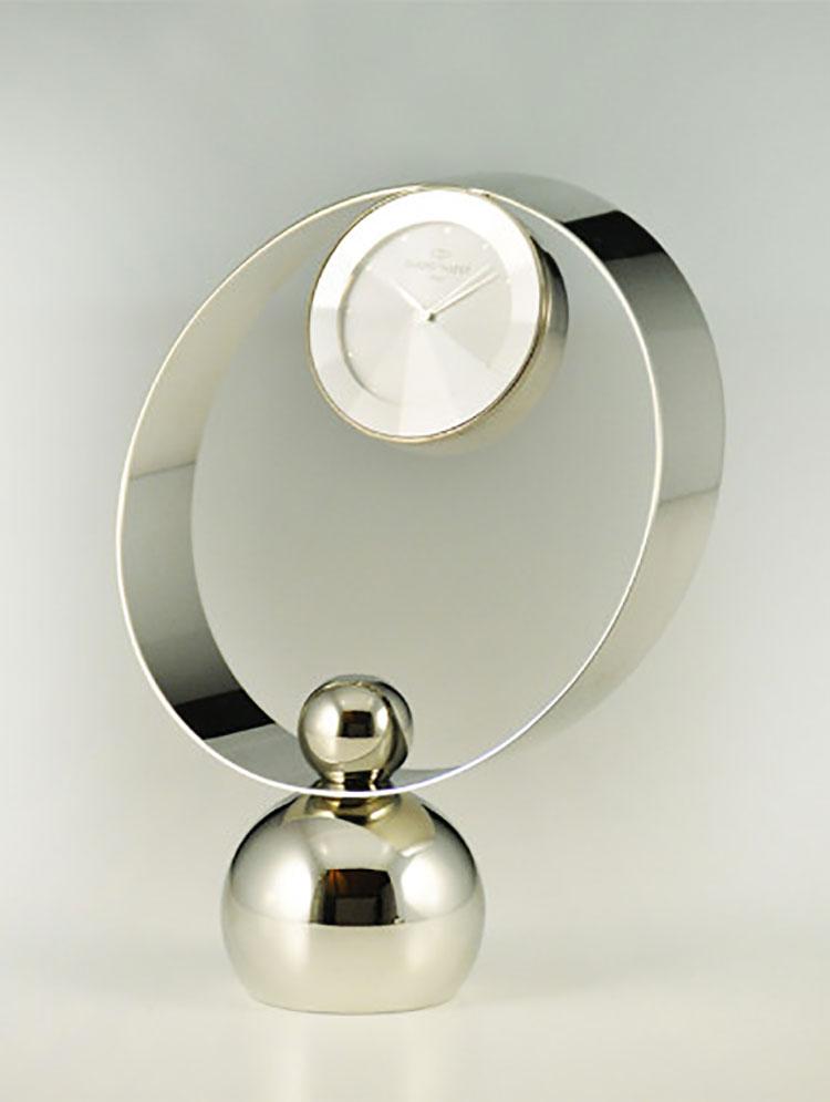 Orologio da tavolo dal design moderno n.15