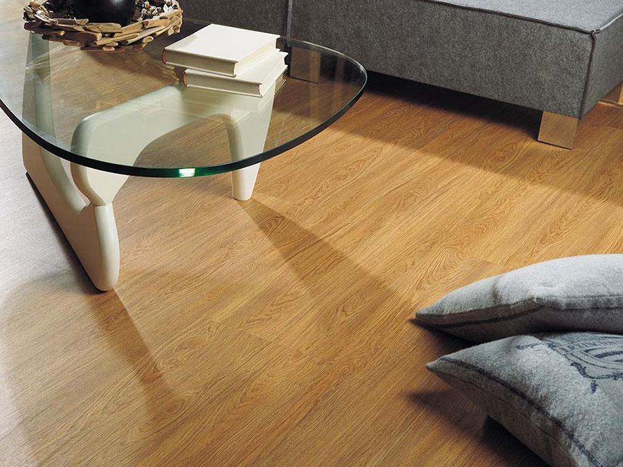 Tipo di pavimento in PVC effetto legno n.24