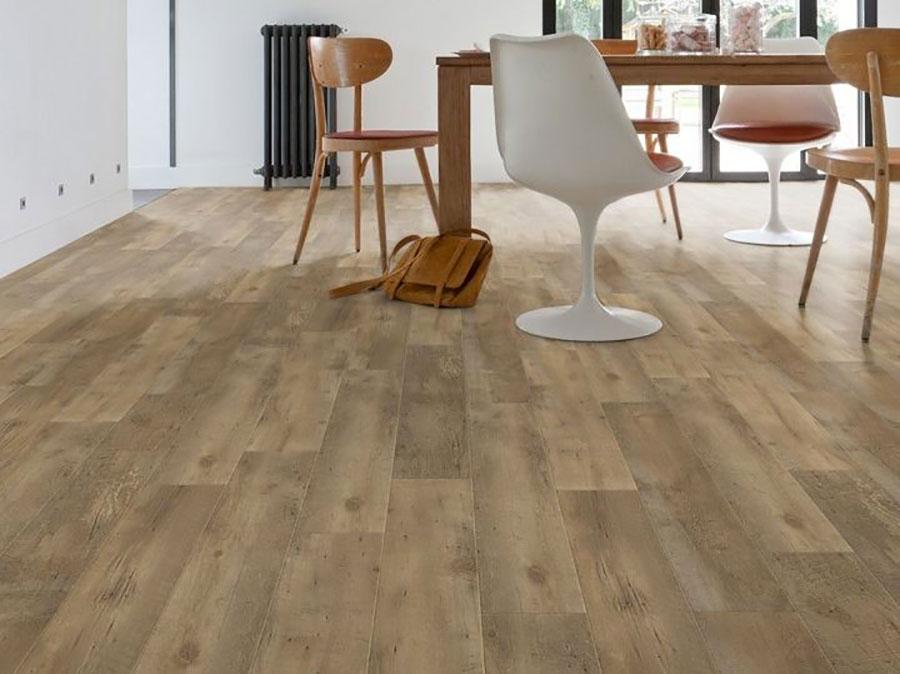 Tipo di pavimento in PVC effetto legno n.37