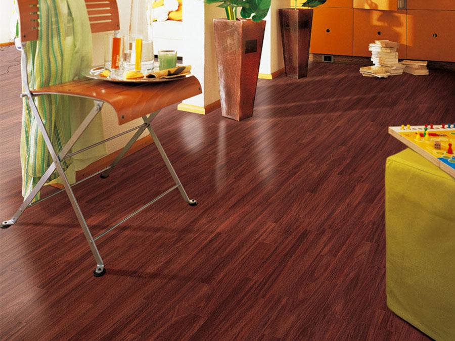 Tipo di pavimento in PVC effetto legno n.40