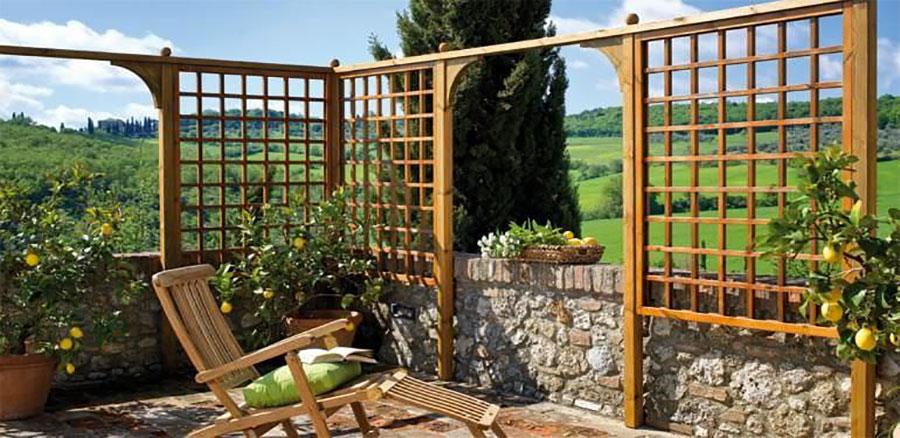 Modello di recinzione in legno per giardino n.02