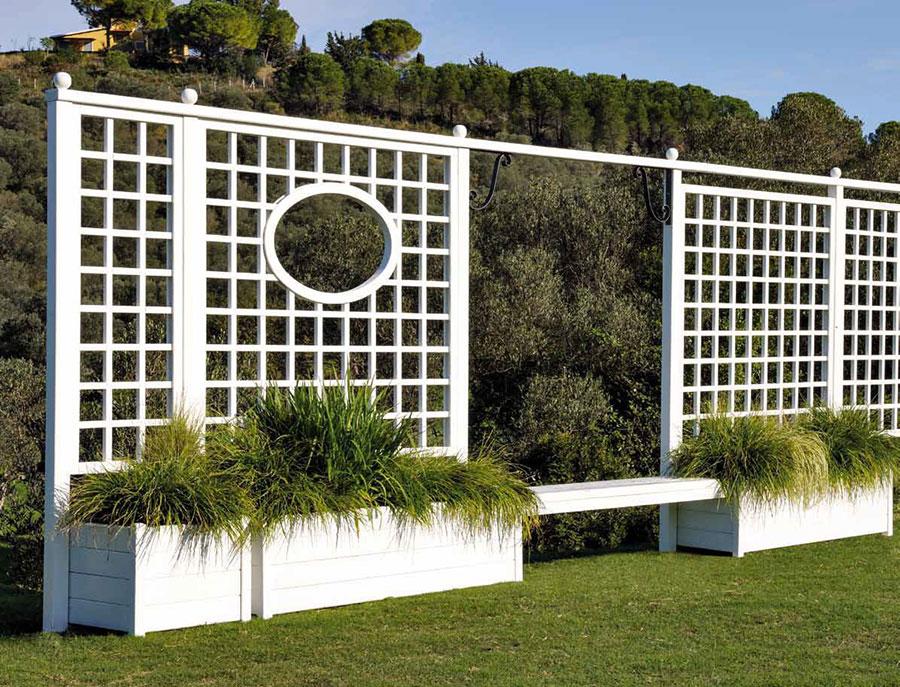 Modello di recinzione in legno per giardino n.03