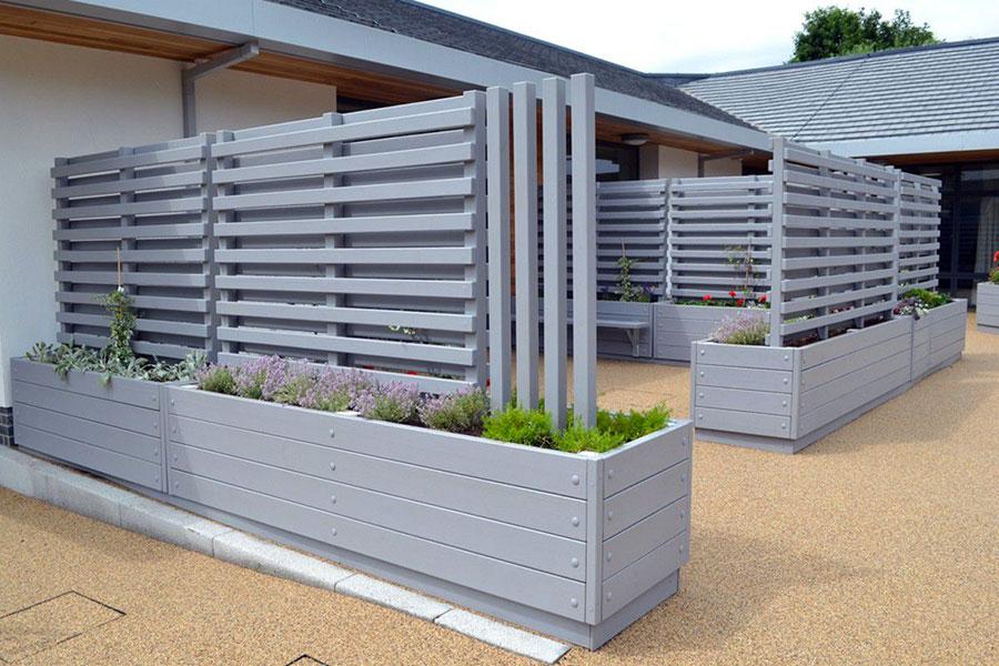 Modello di recinzione in legno per giardino n.10