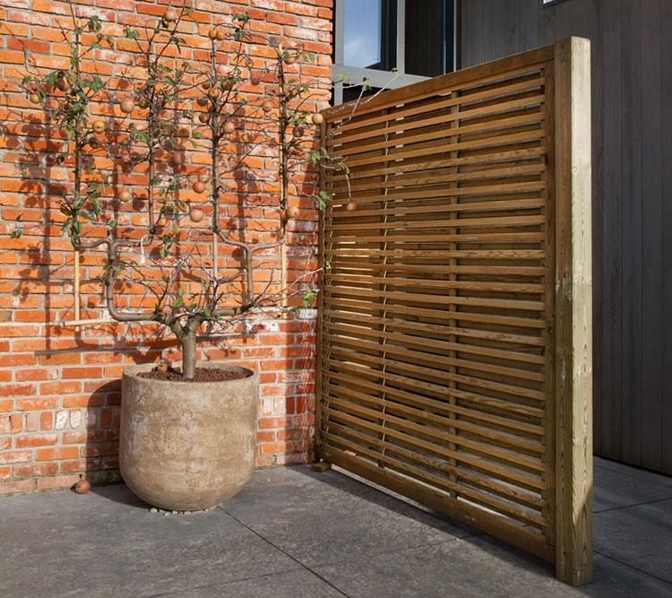 Modello di recinzione in legno per giardino n.13