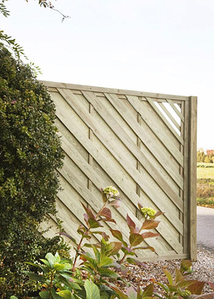Modello di recinzione in legno per giardino n.14