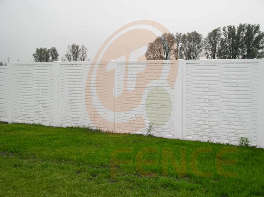 Modello di recinzione in legno per giardino n.18