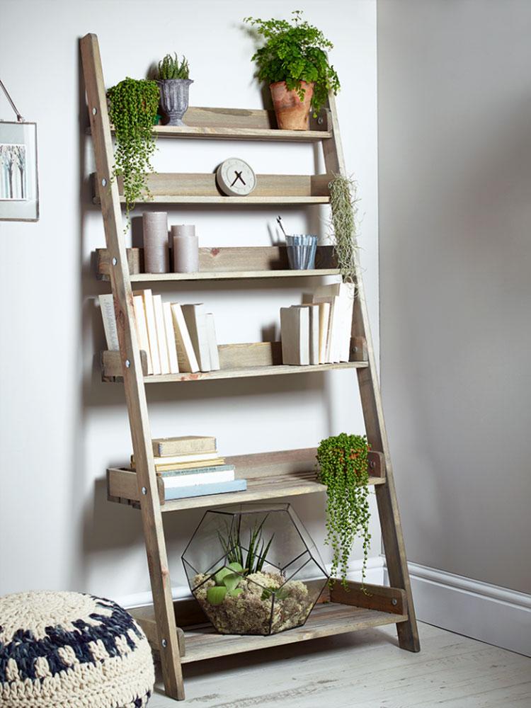 Come creare librerie riciclando vecchie scale n.03