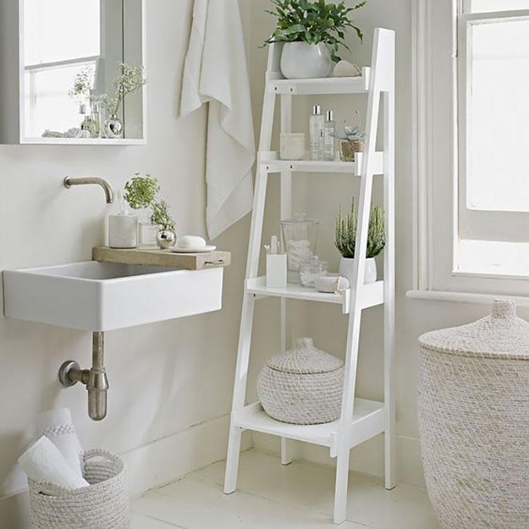 Come creare mobili bagno riciclando vecchie scale n.03