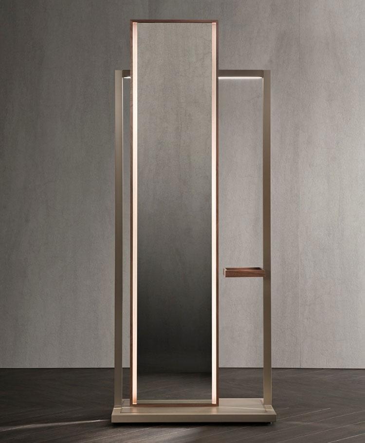 Modello di appendiabiti moderno con specchio n.01