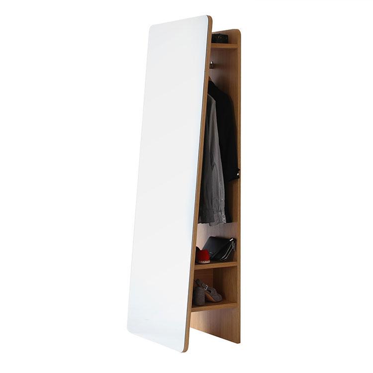Modello di appendiabiti moderno con specchio n.03