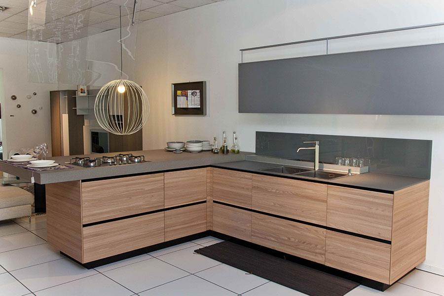 Modello di cucina ad angolo Valcucine n.04