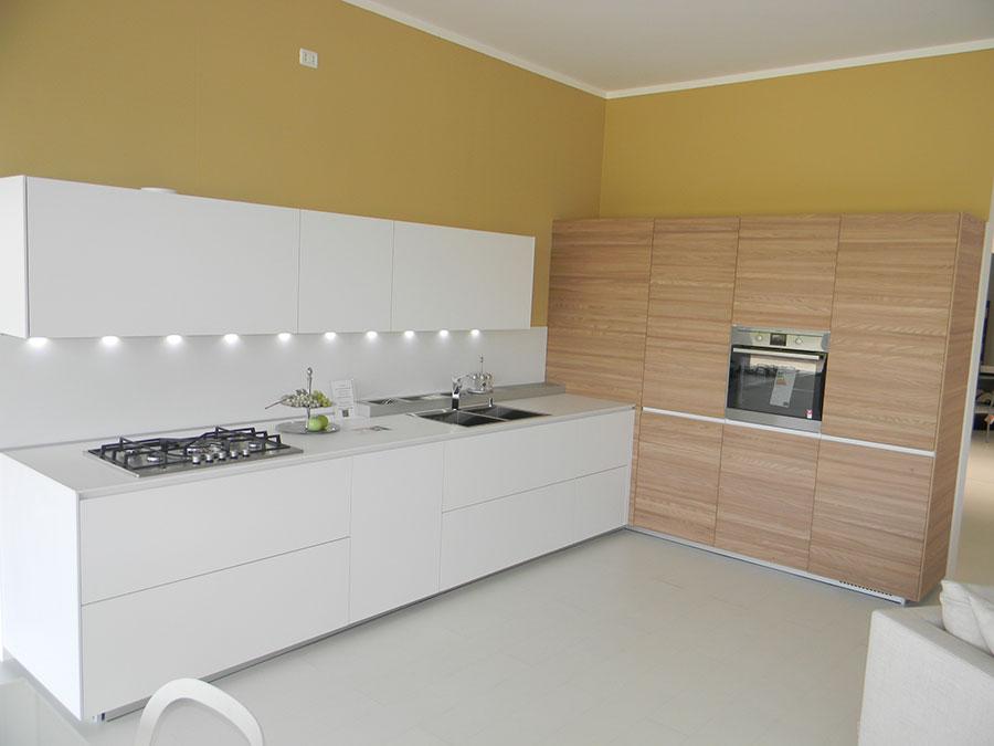 Modello di cucina ad angolo Valcucine n.05