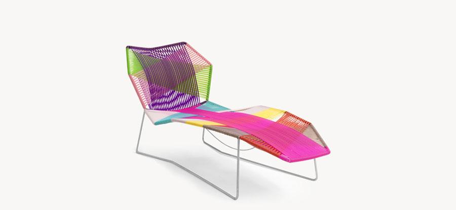 Modello di lettino da giardino dal design particolare n.04