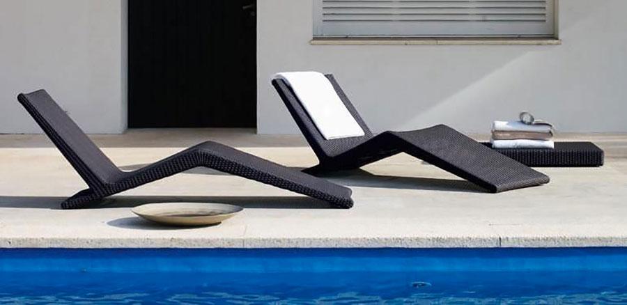 Modello di lettino da giardino dal design particolare n.12