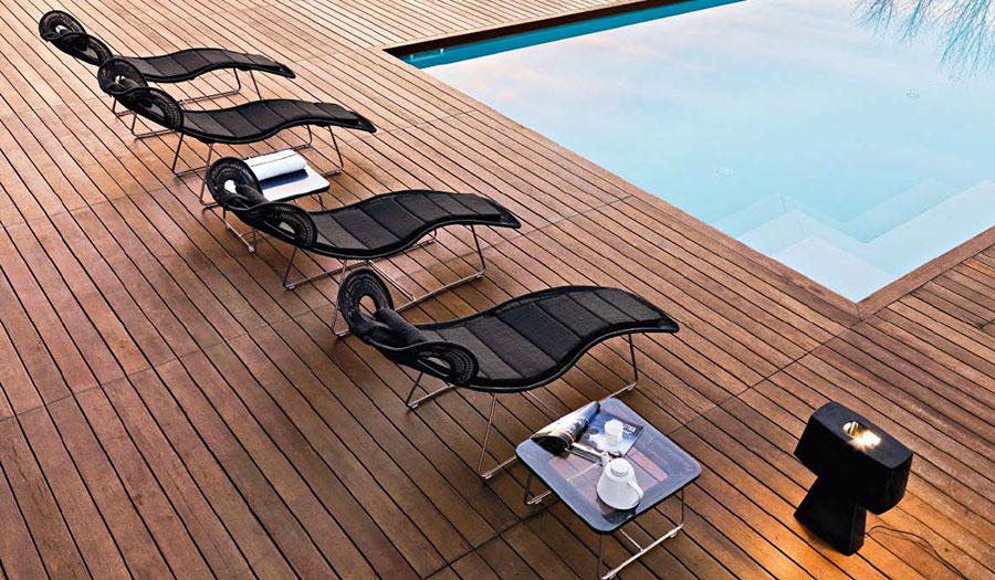 Modello di lettino da giardino dal design particolare n.15