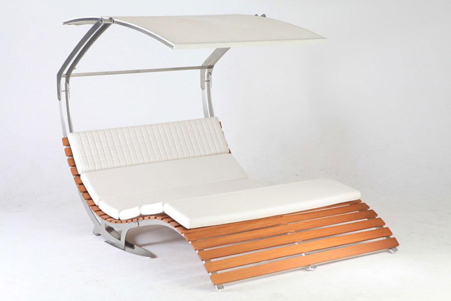 Modello di lettino da giardino dal design particolare n.16