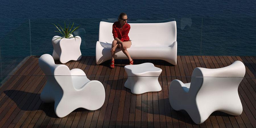 Tavolo da esterni dal design particolare n.03