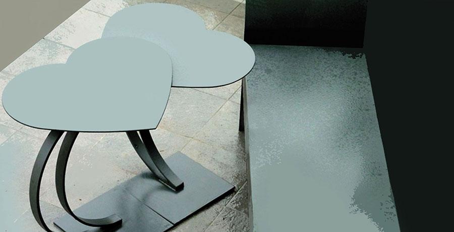 Tavolo da esterni dal design particolare n.18