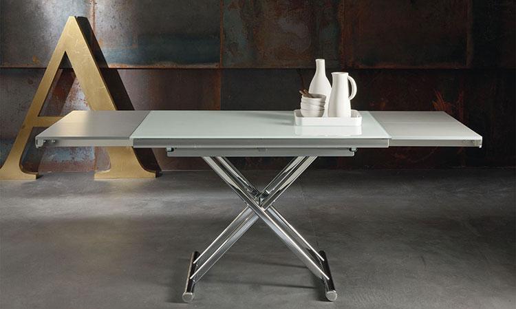 Modello di tavolo quadrato allungabile n.01