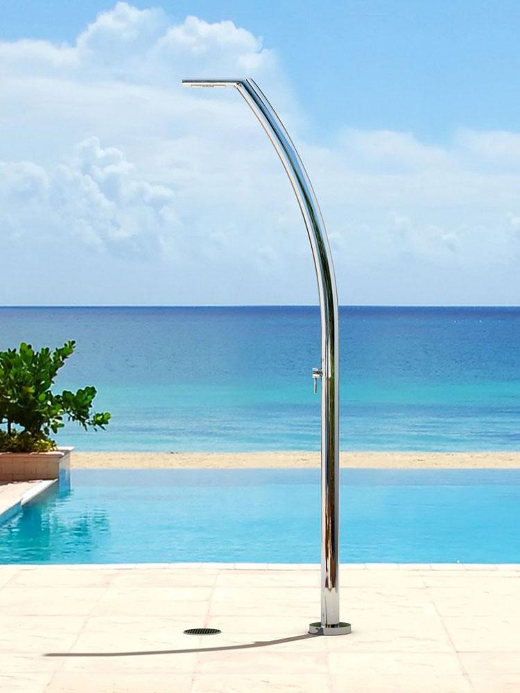 Modello di doccia da giardino dal design particolare n.08