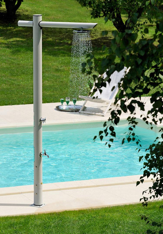 Modello di doccia da giardino dal design particolare n.14