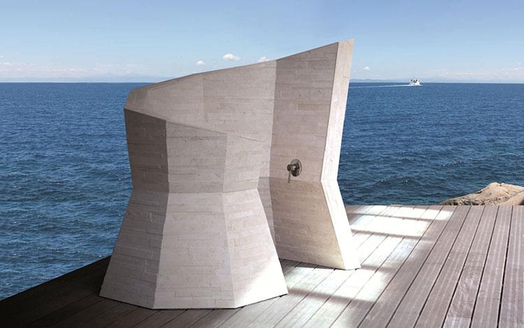 Modello di doccia da giardino dal design particolare n.21
