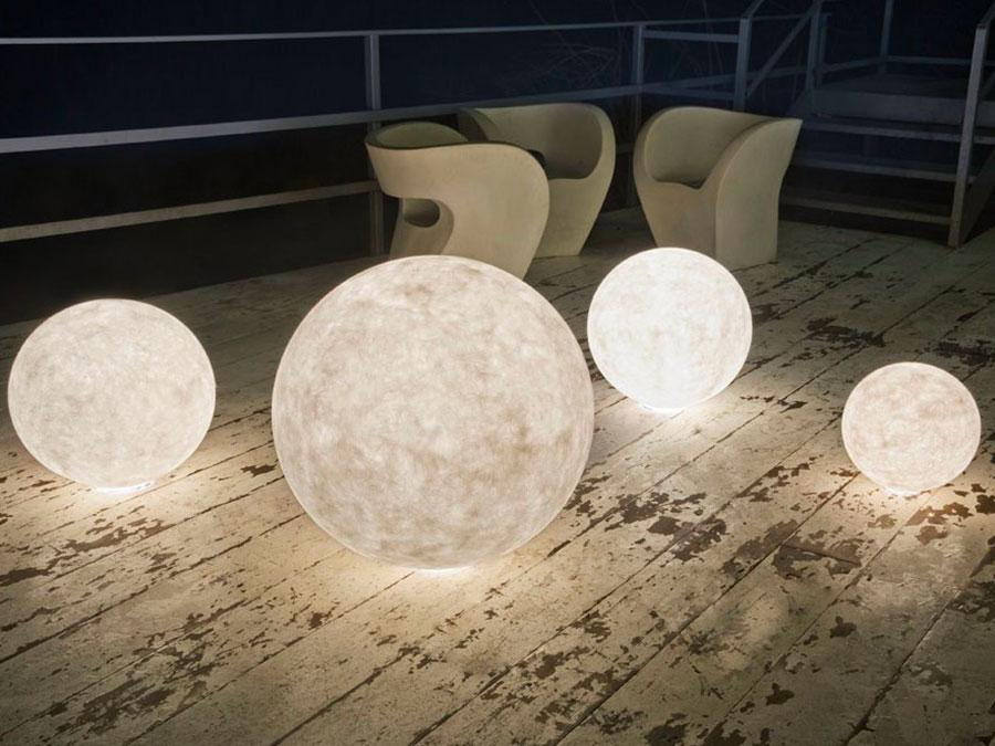 Modello di lampada da terra per esterni n.26