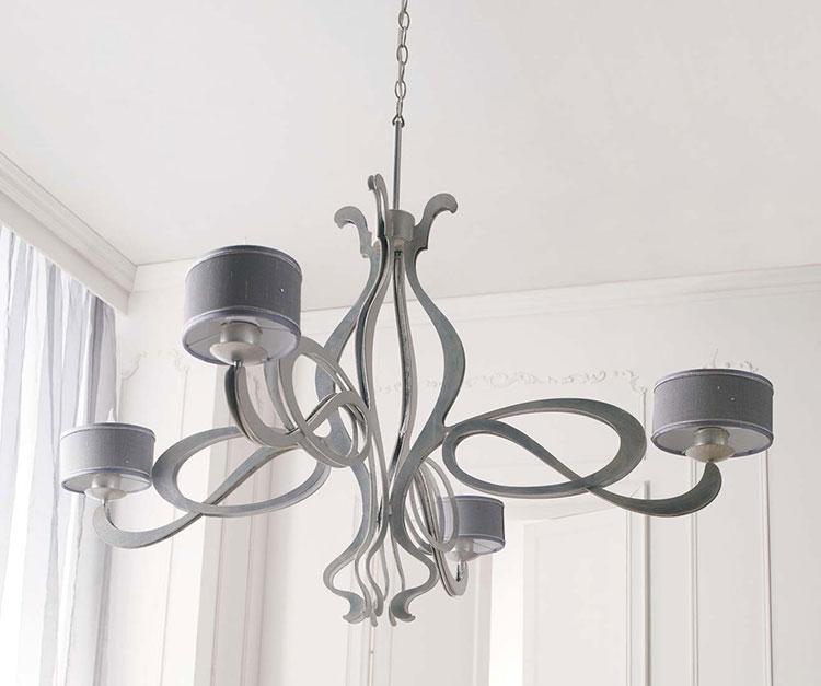 Modello di lampadario in ferro battuto da soffitto n.16