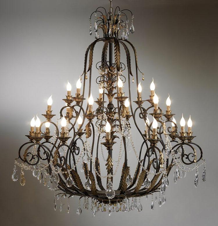 Modello di lampadario in ferro battuto da soffitto n.29