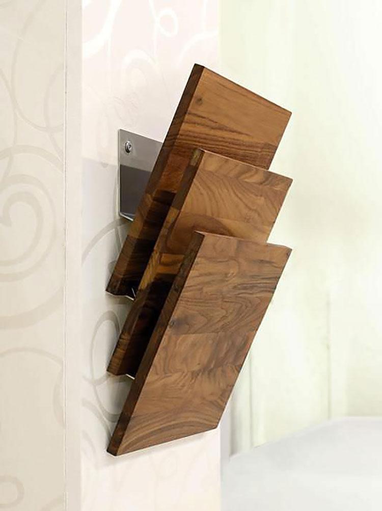 Modello di portariviste in legno moderno n.06